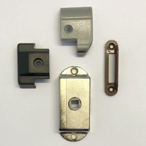 Beslag - lås - dekaler - etc.